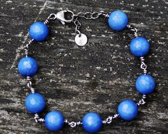 Periwinkle agate sterling silver beaded bracelet