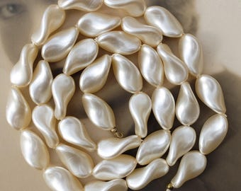 Vintage Glass Pearl Bead Strand 30 inches