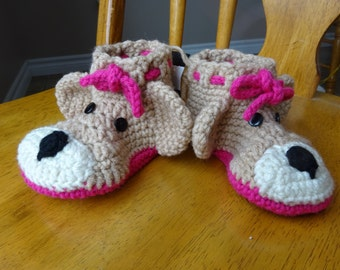 Crochet Brown Bear Toddler size , girls, slippers (7-8),pink soles measures 5.5 inches