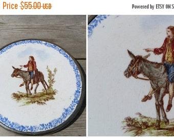 ON SALE 20% Vintage Antique 1890/1900 French  ceramica Sarreguemine trivet