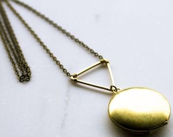 Modern Gold Locket, Geometric Triangle Locket, Gold Locket, Personalised Locket, Personalised Gift, Bridesmaid Necklace, Wedding Necklace