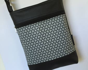 Double Zipper Sue bag in grey geometric fabric