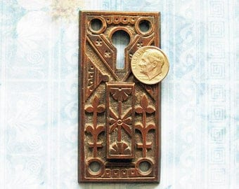 Eastlake Escutcheon Double Keyhole Skeleton Key Hole Slide Cover Antique Brass Art Deco Armoire Furniture Hardware Lock Plate