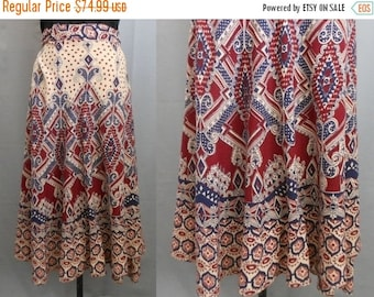 33% OFF SALE Vintage 70s India Skirt, 1970s East Indian Block Border Print Wrap Skirt Boho Rich Hippie, Size M to L to Xl