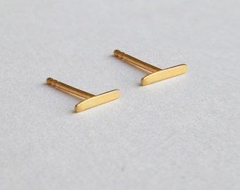 Line earrings, solid 14k gold earrings, 14k gold stud earrings, tiny gold studs, gold bar earring, bar stud earrings, small earring, contour
