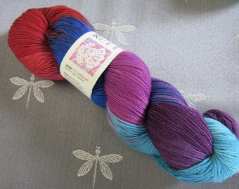"Hand Dyed Artisan Yarn ""Socks That Rock"" Lightweight 100% Superwash Merino Wool BERRYLICIOUS Colorway One Skein"