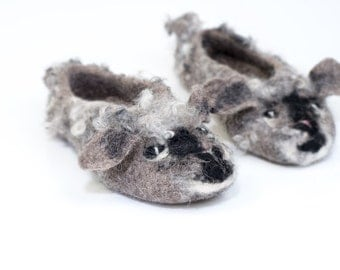 Little Lamb Organic wool kids slippers Felted natural wool booties for children