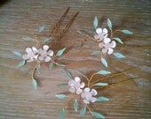 Bridal  hair pins BONNIE set of 3  gold, light pink, mint green, ivory