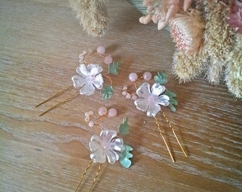 Bridal hair pins CHLOE set of 3, gold, light pink, mint green, pearlescent white