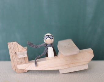 Wooden Airplane and Pilot Peg Doll // wooden dolls peg dolls airplane toy amelia earhart toy pilot doll