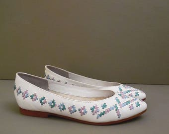 80's SOUTHWEST woven leather flats // ballet shoes // white leather skimmers // 7.5