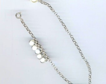 Pearl Bracelet/ Anklet, Family Charm Bracelet, Vintage Silver Color Chain, Five White Faux Pearls, Love my Family, Mothers Day, Pearl Anklet