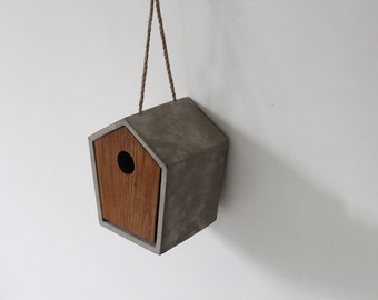 Concrete & Wood Birdhouse