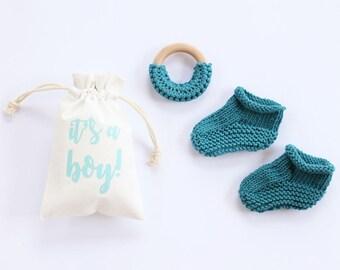 Cotton baby booties, newborn booties, pregnancy announce, pregnancy reveal, baby booties, new baby, baby announcement, baby shower gift
