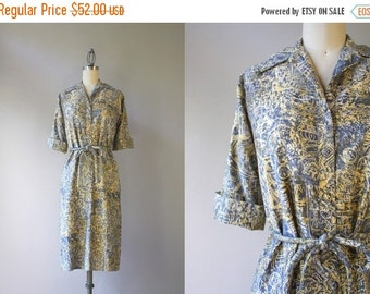 STOREWIDE SALE 60s Dress / Vintage 1960s Belted Button Down Dress / Sixties Cotton Twill Printed Shirt Dress