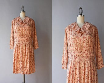 1930s Dress / Vintage 30s Art Deco Tulips Ruffled Collar Dress / 1920s Nude Floral Dress S small