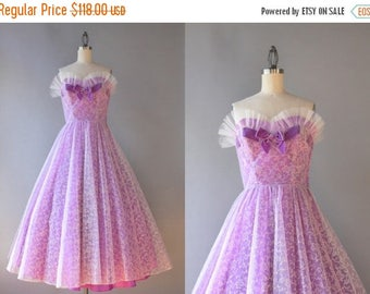 STOREWIDE SALE 1950s Party Dress / Vintage 50s Strapless Prom Dress / 50s Pleated Tulle Velvet Bow Dress XS small
