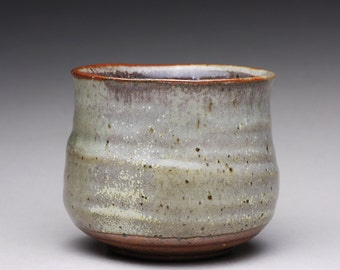 handmade tea bowl, pottery teacup, ceramic cup, yunomi with wood ash glazes