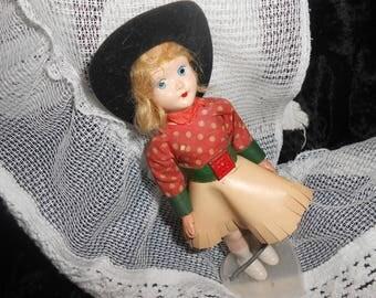 Annie Oakley Cowgirl Doll> vintage 1950 era
