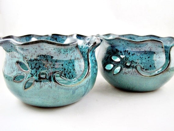 Large Yarn bowl, knitting bowl, teal blue yarn bowl, pottery gift to her - In stock