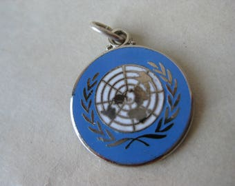 United Nations Blue Charm Sterling Enamel Silver Vintage 925