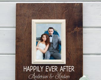 Custom Wedding Gift, Personalized Wedding Frame for Bride and Groom - 5x7 picture frame