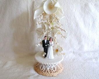 Vintage Cake Topper, Wedding Cake Topper, Bride and Groom, Cake Topper for Wedding