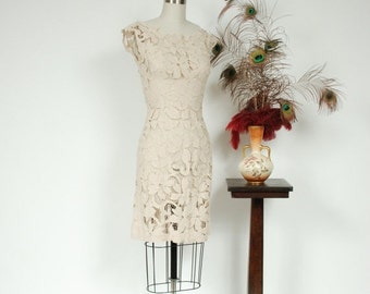 2 DAY SALE - Vintage 1960s Dress - Bombshell Sheer Cut Work Floral Lace 60s Wiggle Dress in Cream Linen - Waking Dream