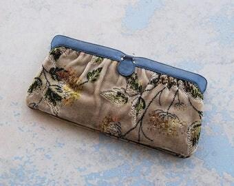 vintage 1980s Tapestry Purse - 80s Floral Chenille Clutch - Boho Carpet Bag Handbag