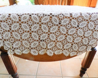 Crocheted Tablecloth, White Lace Tablecloth, Octagon Tablecloth, Small White Tablecloth, 1940s Tablecloth