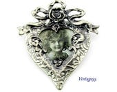Photo Brooch Victorian style Heart Rose and Ribbons