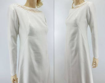 60s Wedding Dress Short Wedding Dress  Knee Length Wedding 60s Vintage Wedding Wedding Shift Dress Mod Wedding Dress 1960s Wedding Dress m