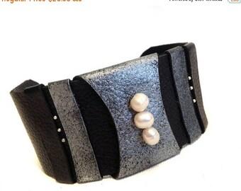40% OFF SALE Pearls leather bracelet Cuff Wristband Women's leather bracelet Leather jewelry