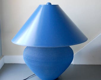 gregory van pelt lamp, corrugated cardboard lamp, primary bright blue, design icon, 1980s 80s eighties, bright color table lamp, extra large