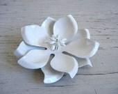 White Enamel Flower Brooch | Enamel Pin | Vintage Jewelry | White Flower Pin | Vintage Flower Pin