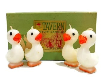 Vintage Tavern Novelty Candles / Set of 4 White Ducks Ducklings Springtime Candles / Easter Decor Candles / Original Box