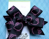 Black with Pink Hello Kitty Classic Diva Bow