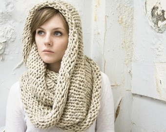 Made to Order - Infinity Scarf No. 1 - Wool Blend Circle Scarf - Circle Scarf - Chunky Scarf - Choose Your Color