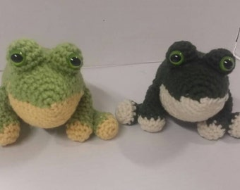 Frog, crocheted frog, plushie, stuffed animal, crocheted toy