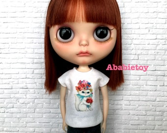 New White Cotton T-Shirt for Blythe - vintage cat