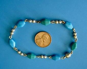 Vintage Diamond Shape Glass Bead Bracelet, Magnetic Clasp
