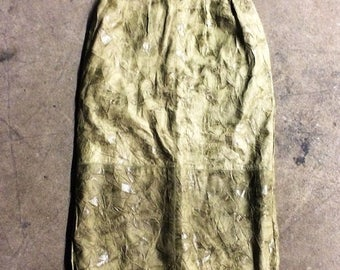 35% OFF SPRING SALE The Vintage Green Leather Crinkle Pencil Skirt