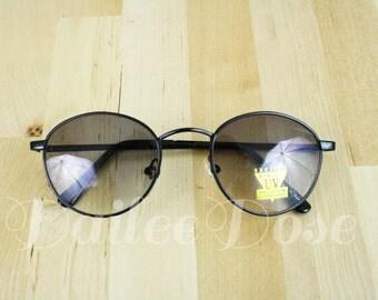 VINTAGE | Round Sunglasses / Vintage Deadstock Sunglasses / Gray Lenses / SG1186