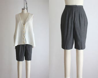 SALE ITEM : 1960s charcoal wool shorts