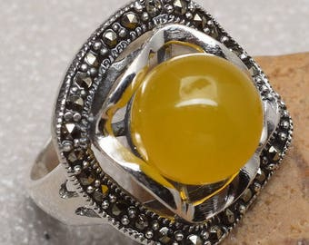 Vintage Sterling Silver Yellow Chalcedony and Marcasite Ring Size 7