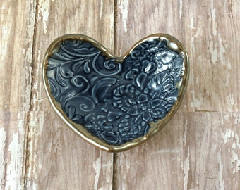 Ring Dish in Sapphire Blue, Mother's Day, Pottery Heart Trinket Dish, Decorative Pottery Dish, Ring Holder, Jewelry, Gift For Her, Gift Box