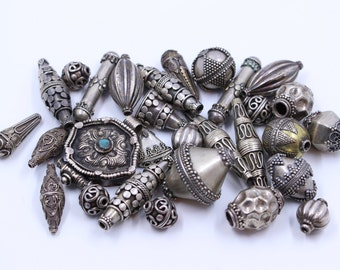 Antique Silver Beads & Pendant