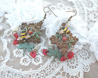bee strawberry earrings assemblage summer berry fruit bumblebee upcycled vintage jewelry red cottage chic