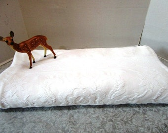 Vintage Full / Double Matelasse Bedspread Coverlet, Creamy White French Country Classic Warmth Crown Crafts USA Stitched Textile 2 Available