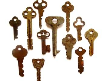 12 vintage keys, odd and old keys, antique keys, wedding keys, little key, primitive key, rustic key, key to my heart, collection of keys #9